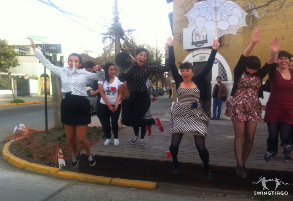 swingtiago desfile de swing y dixeland en barrio italia