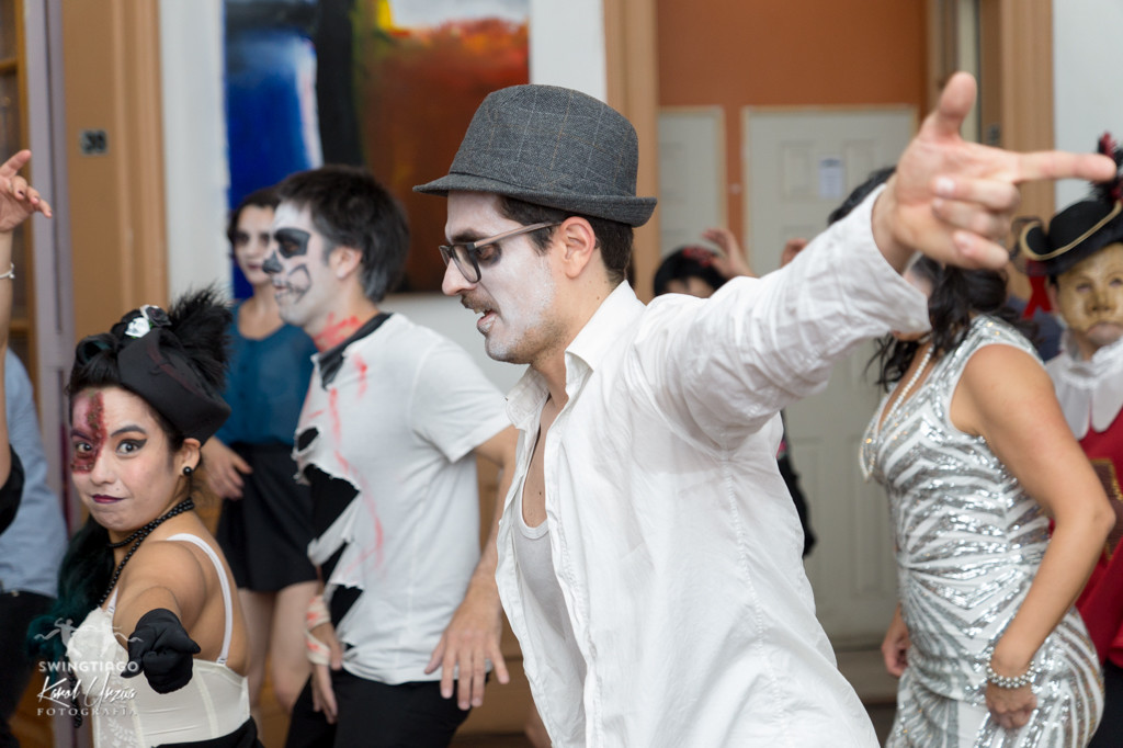 swingtiago Savoy halloween 2015-03 lindy hop chile