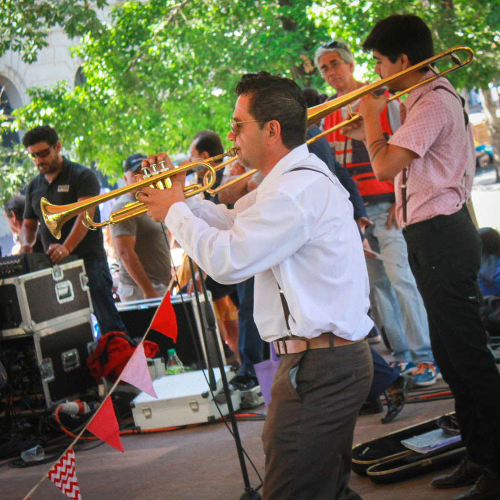 SWINGTIAGO BAND PLAZA DE ARMAS_0826